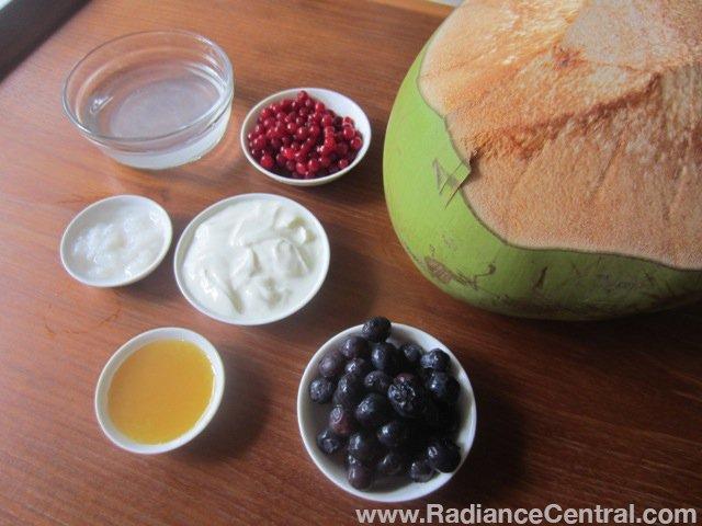 Creamy Cranberry & Blueberry Smoothie Recipe - www.RadianceCentral.com