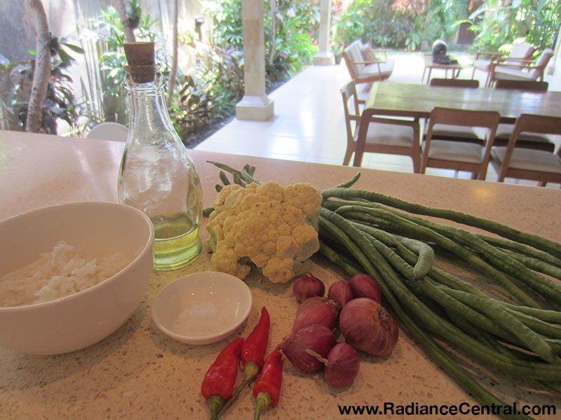 Indonesian Spicy Long Bean Salad (Lasuq)2 - www.RadianceCentral.com